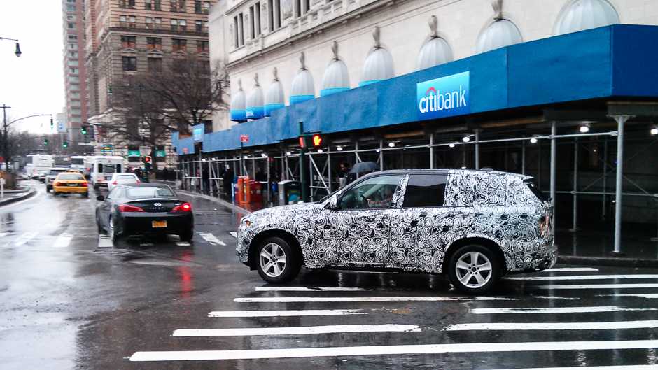 2014 BMW X5 (F15) Spotted Cruising NYC Streets