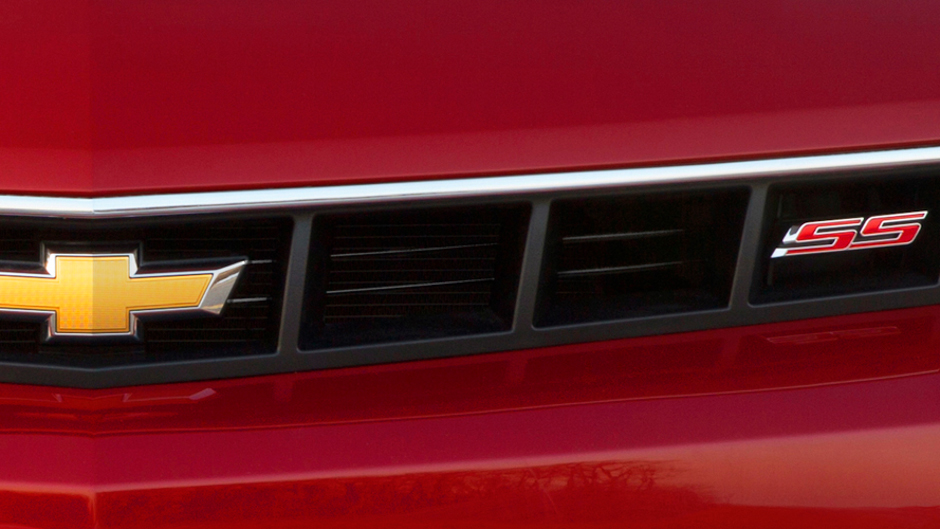 Chevrolet Teases Facelifted 2014 Camaro SS