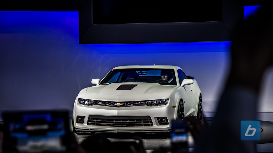 Chevrolet Surprises With Z/28 Unveil in New York