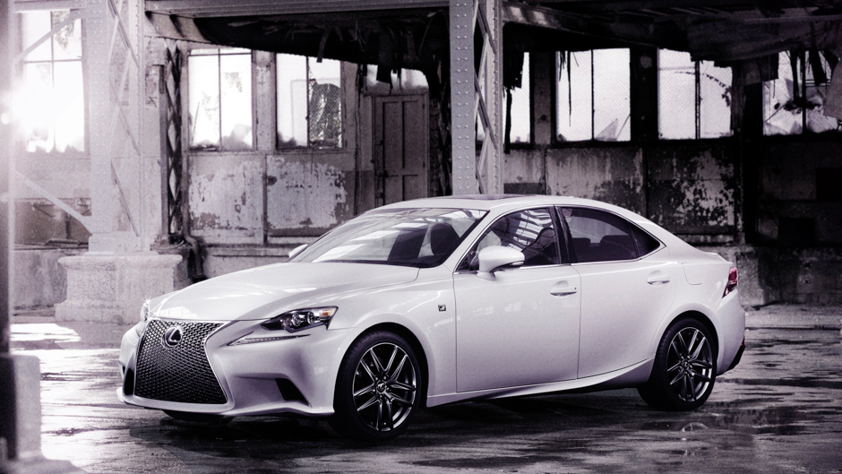 Lexus Reveals 2014 IS F-Sport Ahead of NAIAS