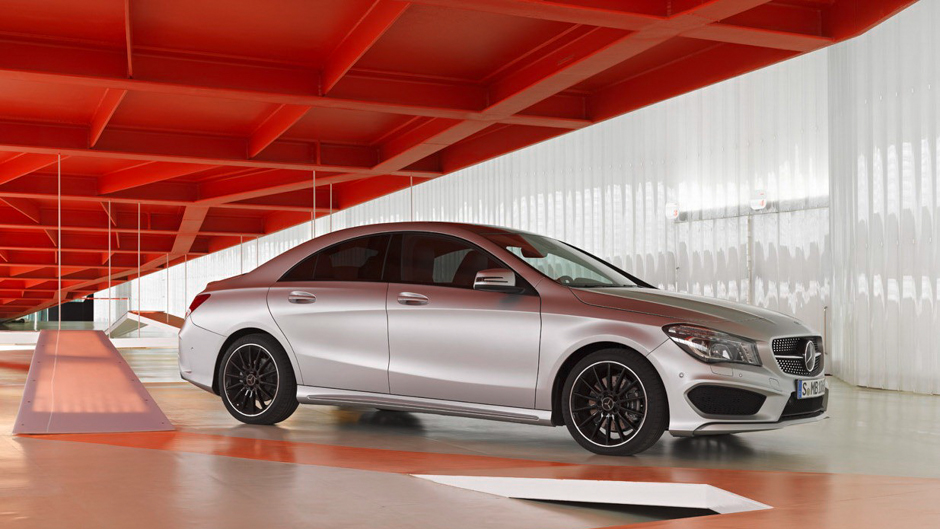 2014-mercedes-benz-cla-detroit-naias-15
