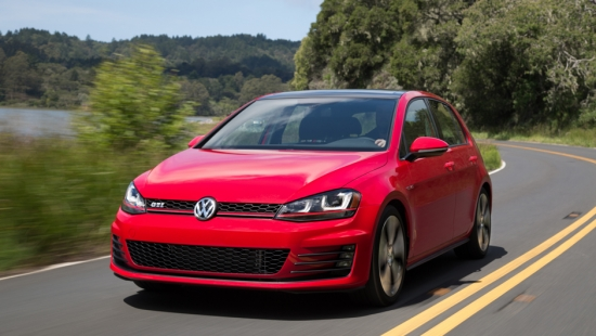 2015 volkswagen golf to start at 18 995 and gti 27 995 in canada. Black Bedroom Furniture Sets. Home Design Ideas