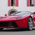 Up Close and Personal with THE Fer… I Mean LaFerrari