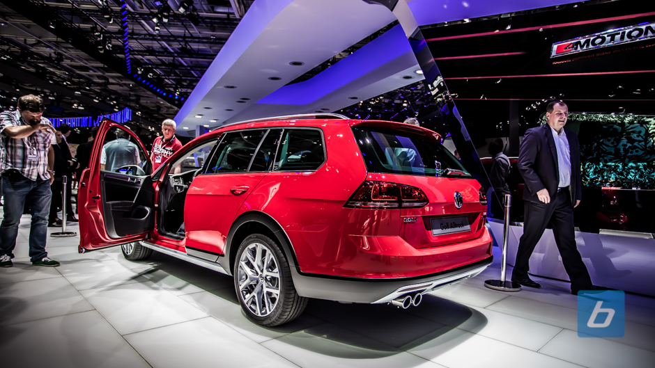 Back to Post 2015 VW Golf Alltrack 2014 Paris Motor show from