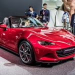 2016 Mazda MX-5 Debuts in Paris
