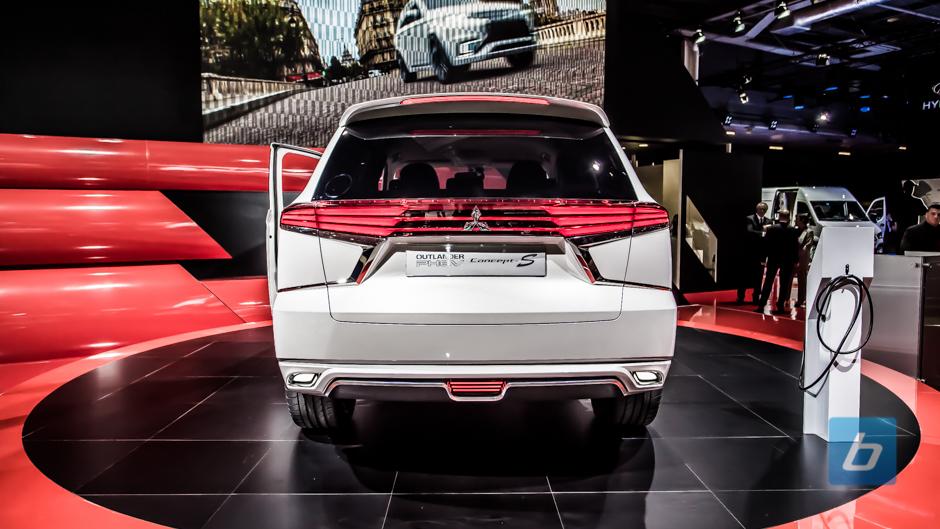 Mitsubishi Outlander Phev Concept S 4