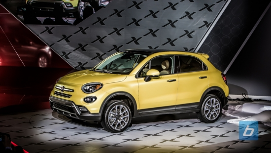 the italians have crossed over with fiat 500x. Black Bedroom Furniture Sets. Home Design Ideas