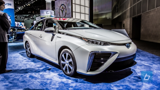 Toyota-Mirai-LA-2014-11
