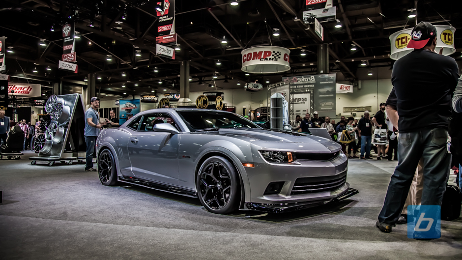 Gm Booth Tour Sema 2014 19