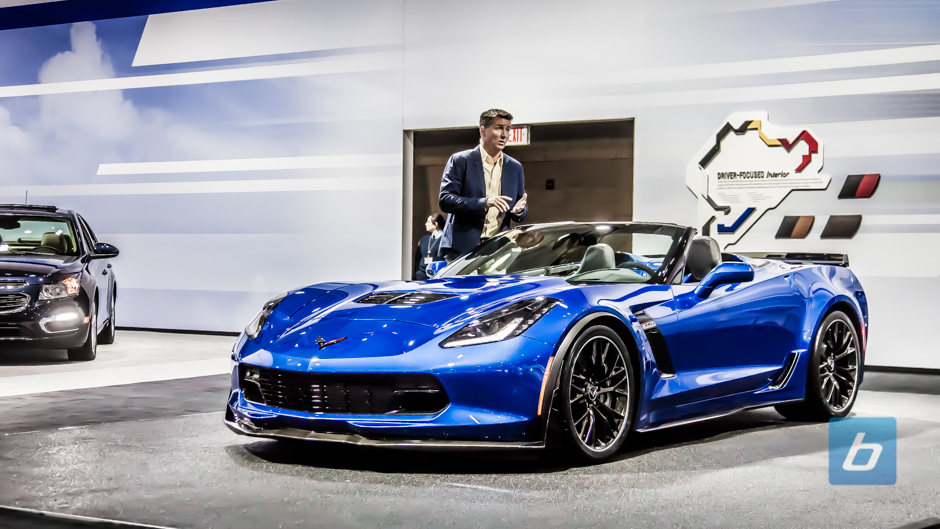 Chevrolet Corvette Z06 Convertible Roars Into NYC