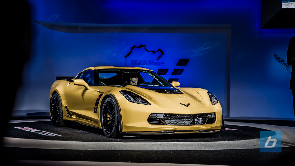 2015-chevrolet-corvette-z06-naias-2014-14