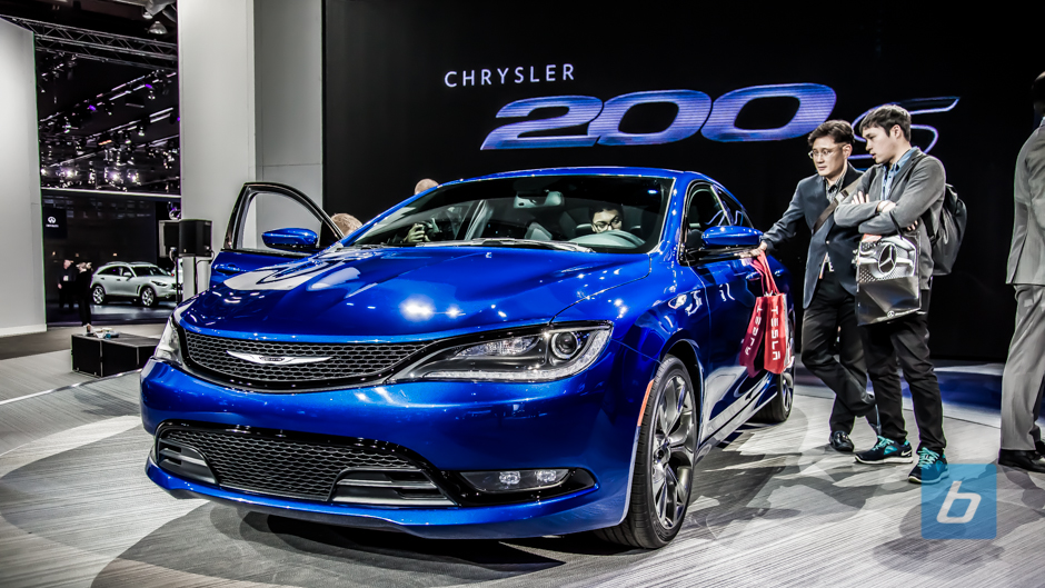 2015 Chrysler 200 World Debut at NAIAS