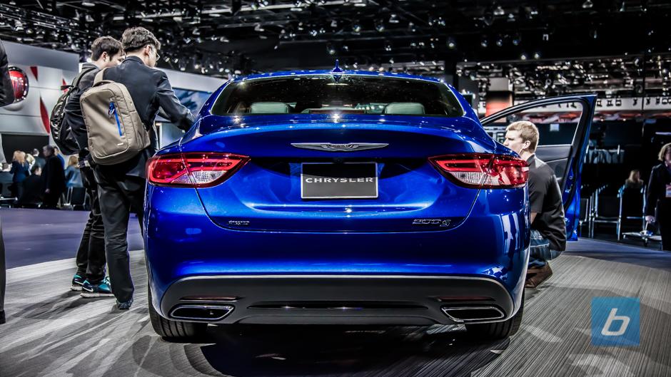 2015 Chrysler 200 Naias 2014 6