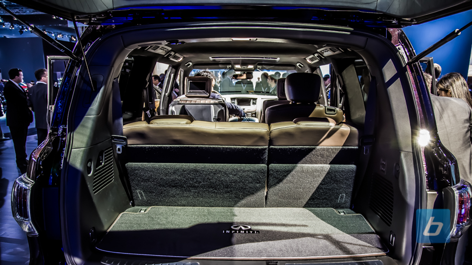 infiniti refreshes the qx80 adds new limited trim. Black Bedroom Furniture Sets. Home Design Ideas