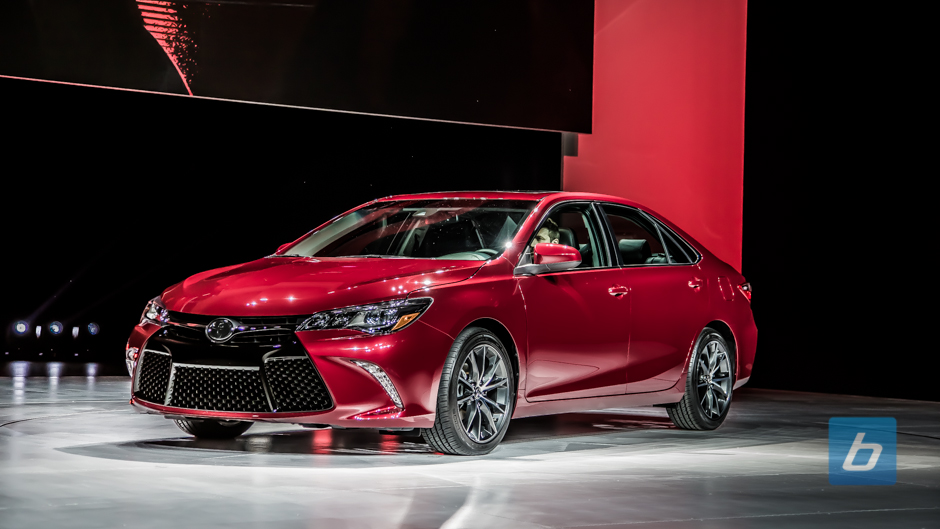 Toyota Unveils Updated 2015 Toyota Camry