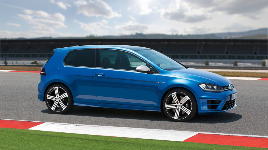 Volkswagen Golf R Bows at the 2013 IAA