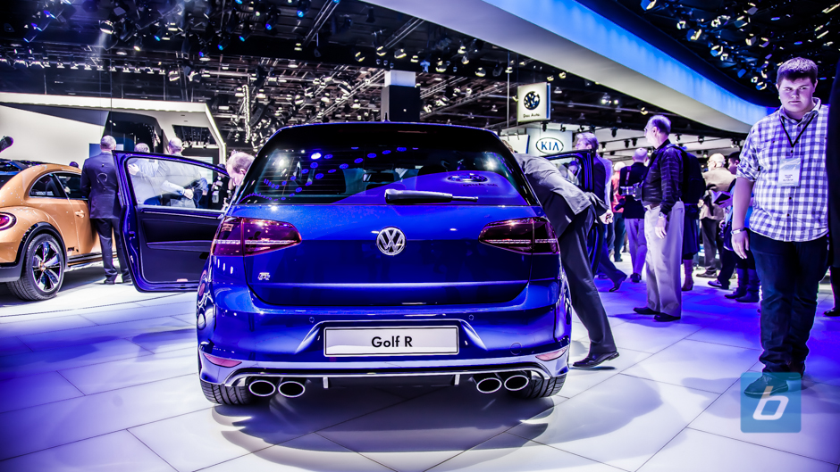 2015 vw golf r naias 2014 7. Black Bedroom Furniture Sets. Home Design Ideas
