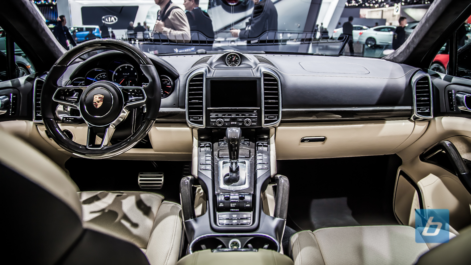 back to post porsche gives 2016 cayenne turbo s small spec bump - Porsche Cayenne Turbo S 2015