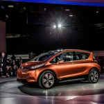 Chevy Bolt To Fight Against Tesla EV Dominance