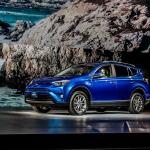 Toyota Adds Hybrid Model For 2016 RAV4