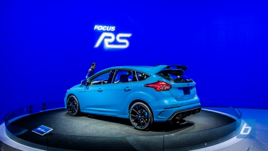 2016-ford-focus-rs-nyias-4