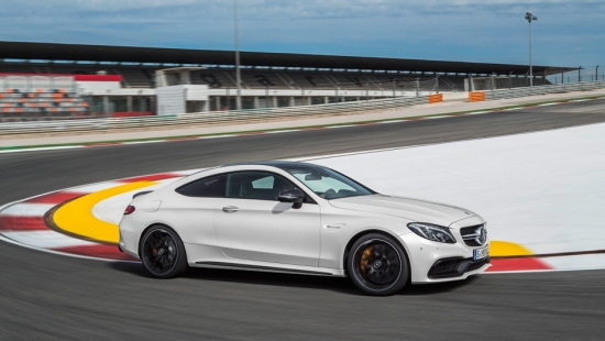 2017-mercedes-amg-c63s-coupe-preview-11