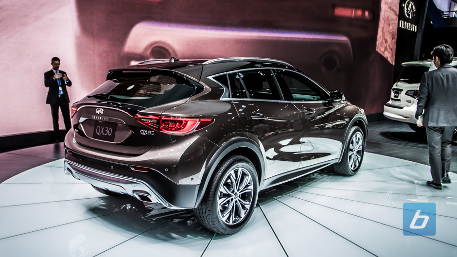 meet the all new infiniti qx30 crossover. Black Bedroom Furniture Sets. Home Design Ideas