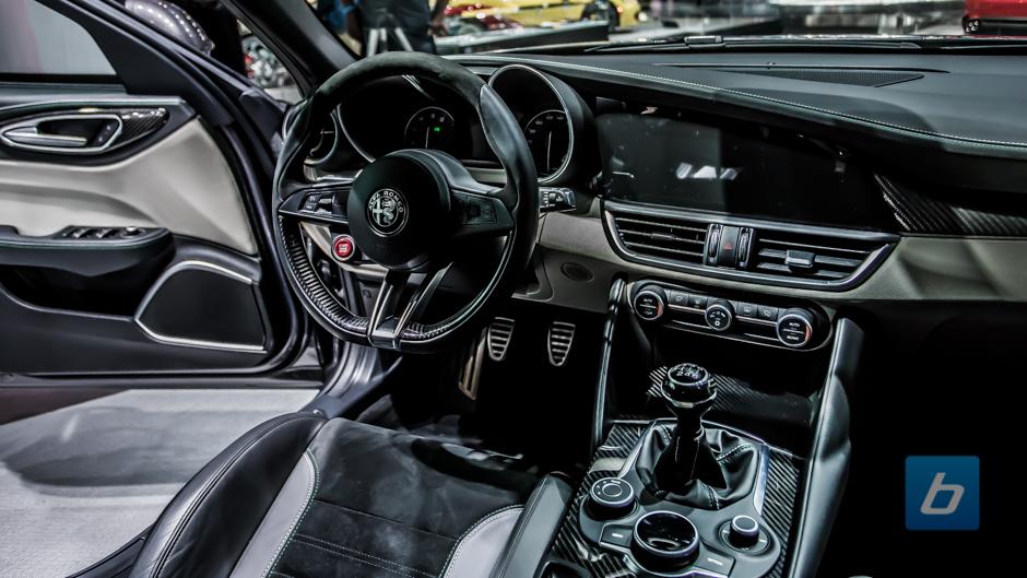 2016 Alfa Romeo Giulia 2016 Alfa Romeo Giulia 2016 Alfa Romeo Giulia ...