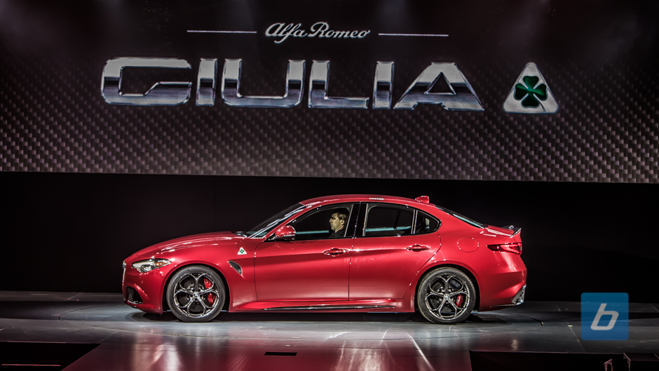 alfa romeo giulia quadrifoglio lease. Black Bedroom Furniture Sets. Home Design Ideas