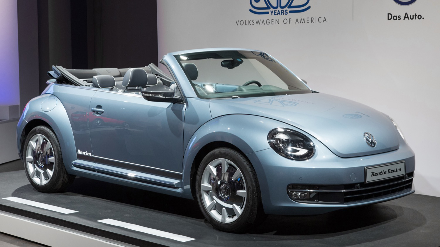 Volkswagen Introduces the 2016 Beetle Denim