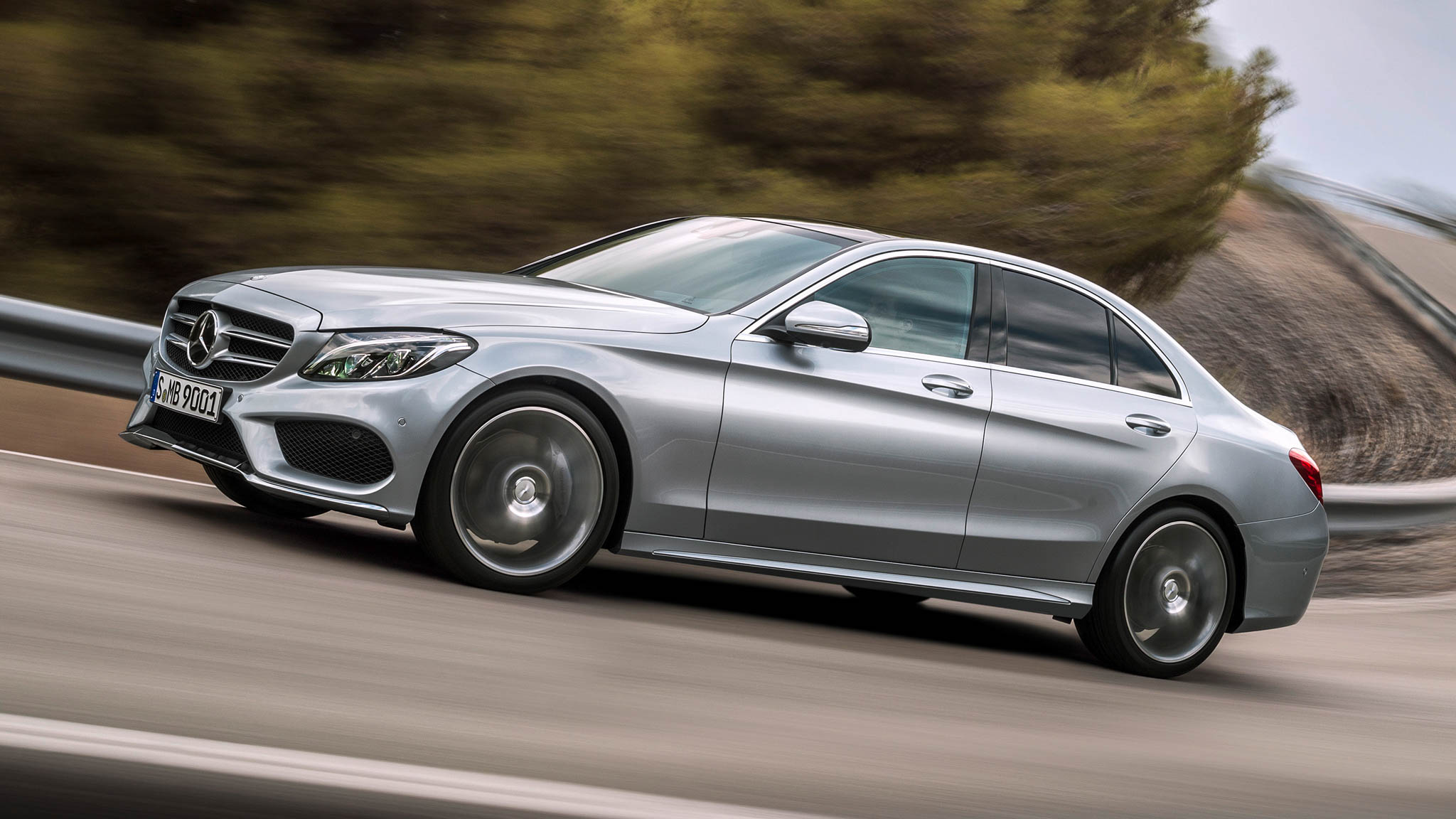 Mercedes recalls 28 452 c class for Mercedes benz recall