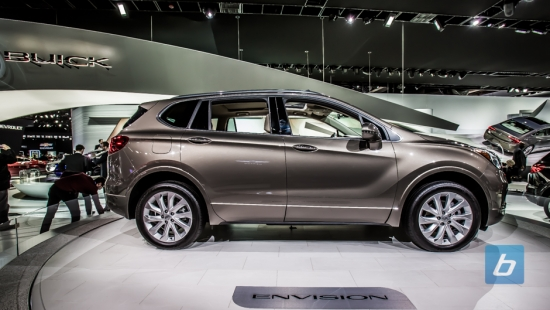 2017-Buick-Envision-2016-NAIAS-2