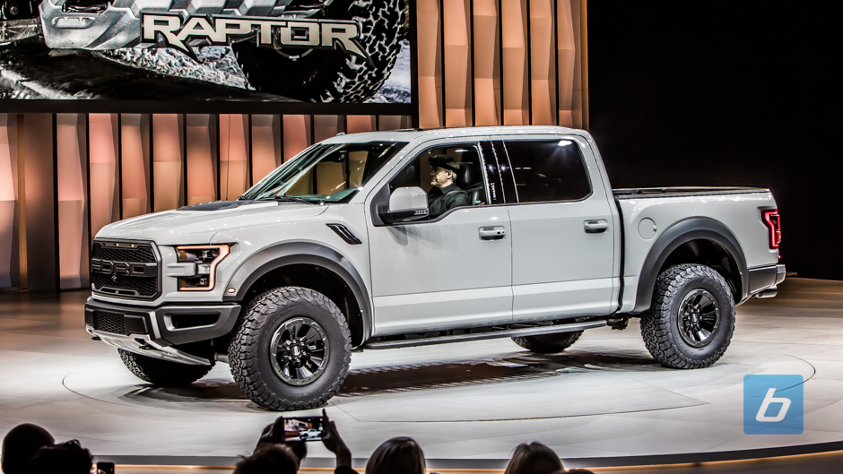 ... Back to Post - Hoon With Friends In The New 2020 Ford Raptor SuperCrew