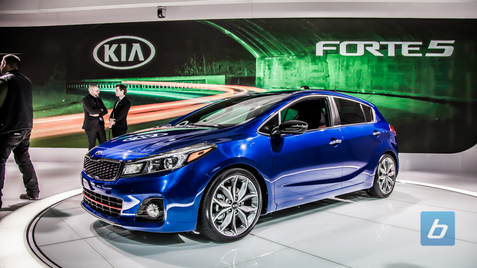 2017 kia forte and forte5 unveiled in detroit. Black Bedroom Furniture Sets. Home Design Ideas