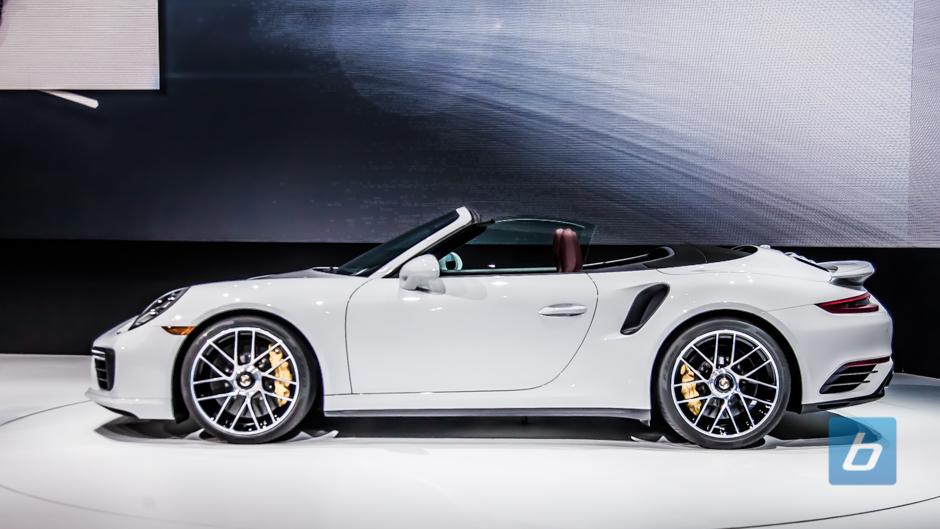2017 Porsche 911 Turbo Detroit Naias 2016 7