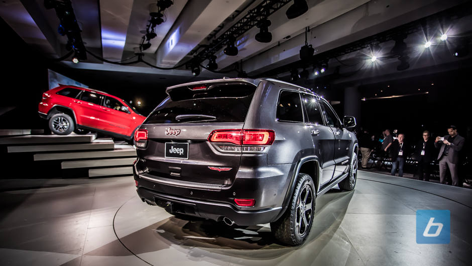 2017 jeep grand cherokee trailhawk summit nyias 3. Black Bedroom Furniture Sets. Home Design Ideas
