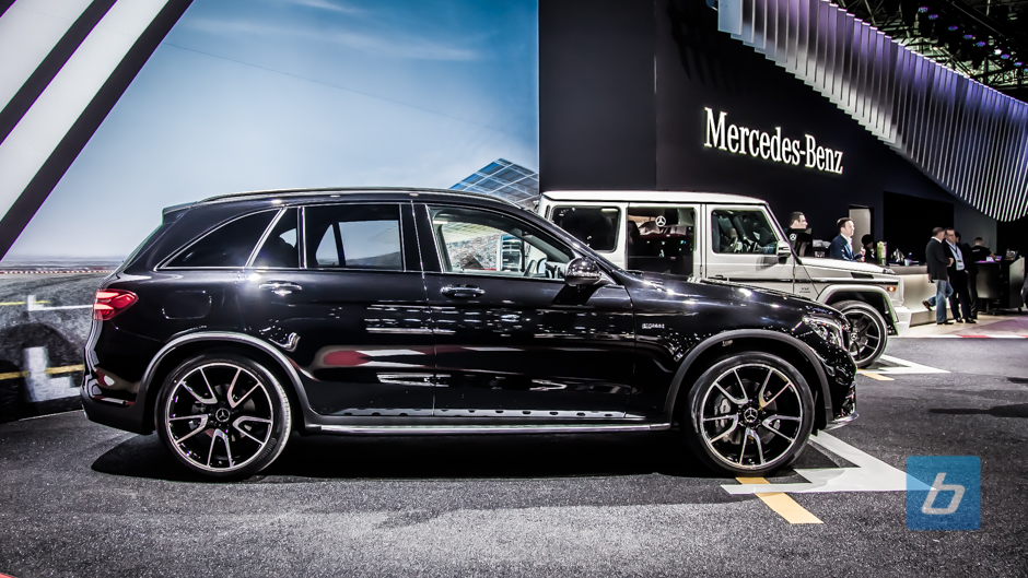 2017 mercedes amg glc43 nyias 3 for Mercedes benz glc43 amg