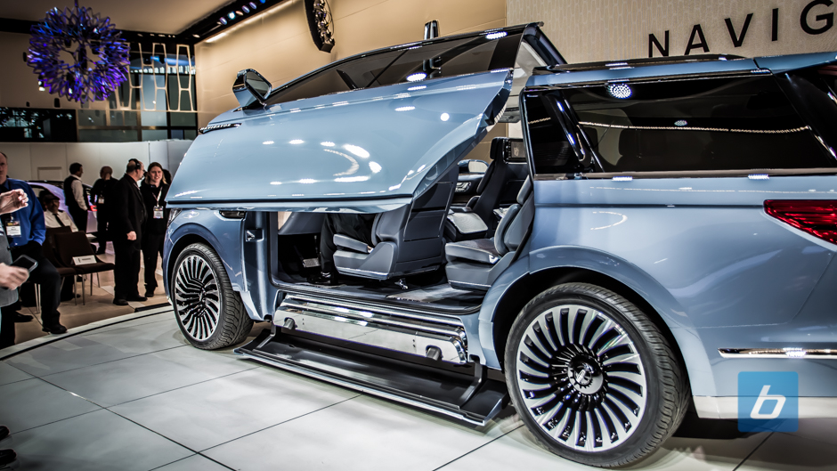 http://www.beyond.ca/wp-content/uploads/2016/03/lincoln-navigator-concept-2016-nyias-5.jpg