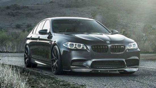 2016-BMW-M5-side
