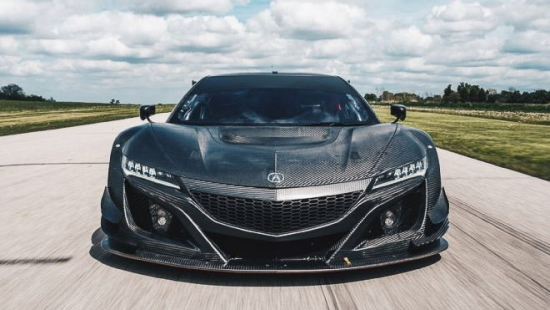 acura-nsx-gt3-race-car-front-view