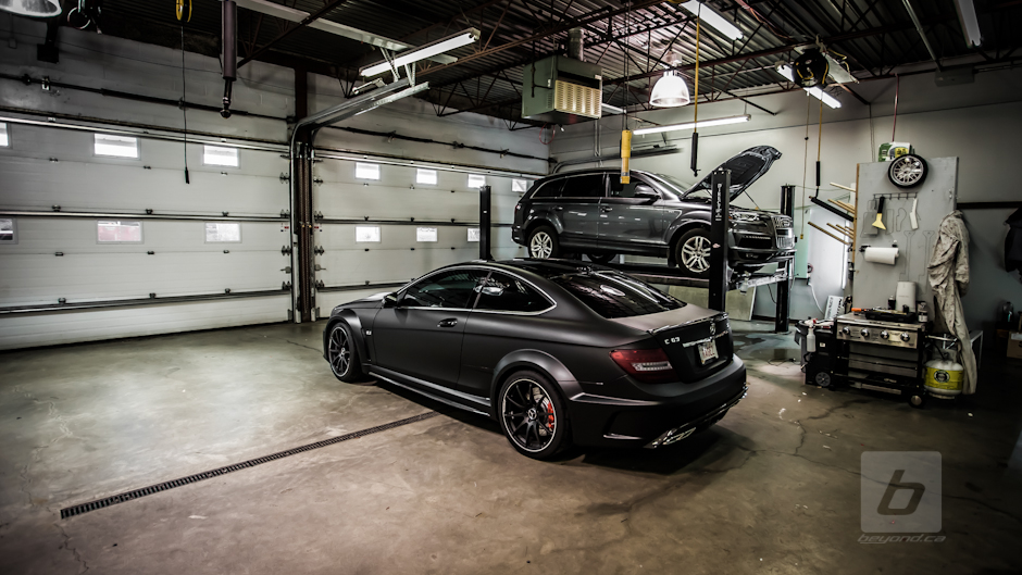 c63-black-series-satin-matte-wrap-4