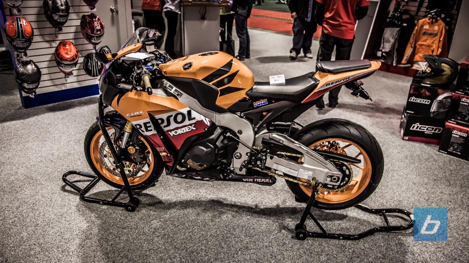 calgary-motorcycle-show-2013-88