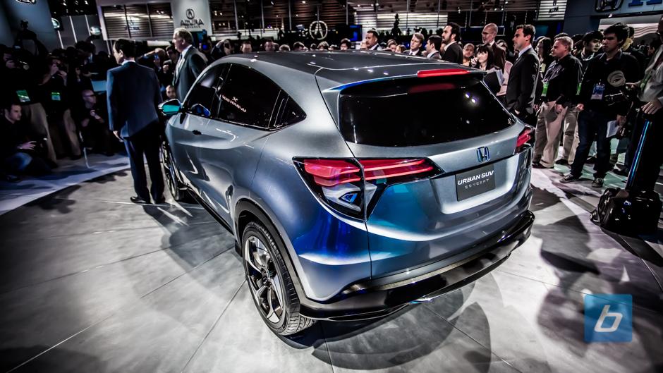 Honda Unveils Urban SUV Concept, Fit Crossover