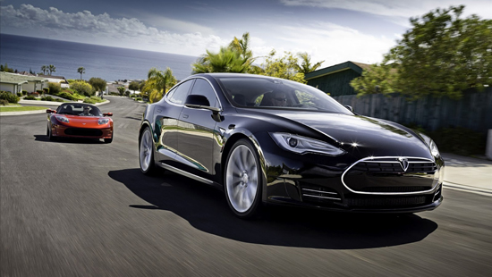 Tesla Model S - Motor Trend 2013 Car of the Year