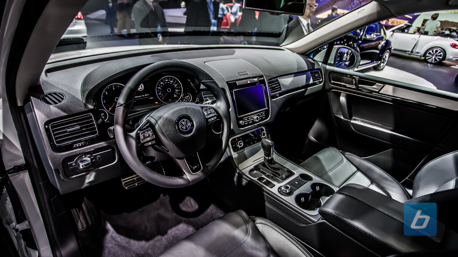 vw-passat-performance-concept-naias-3