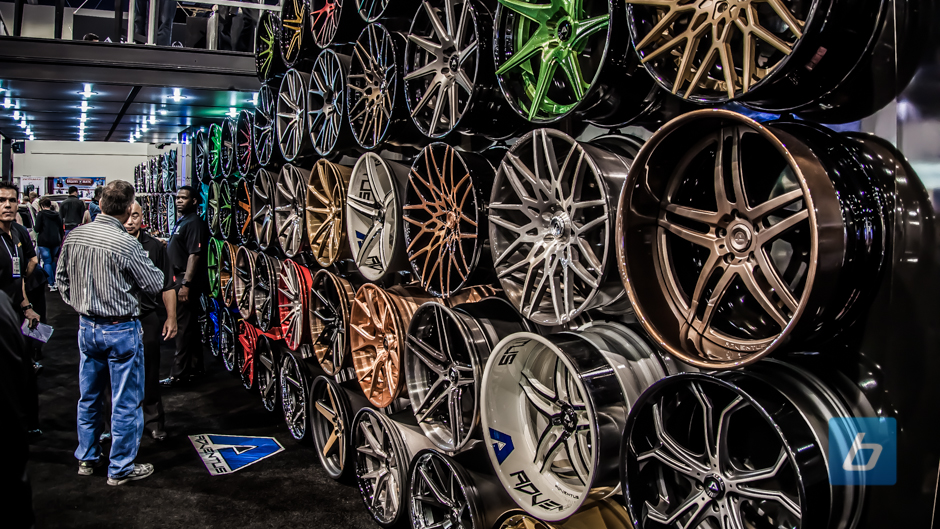 A Closer Look at the Wheels of SEMA 2013